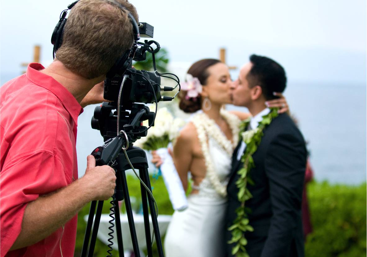 Почему на важном мероприятии стоит пригласить профессионального фотографа