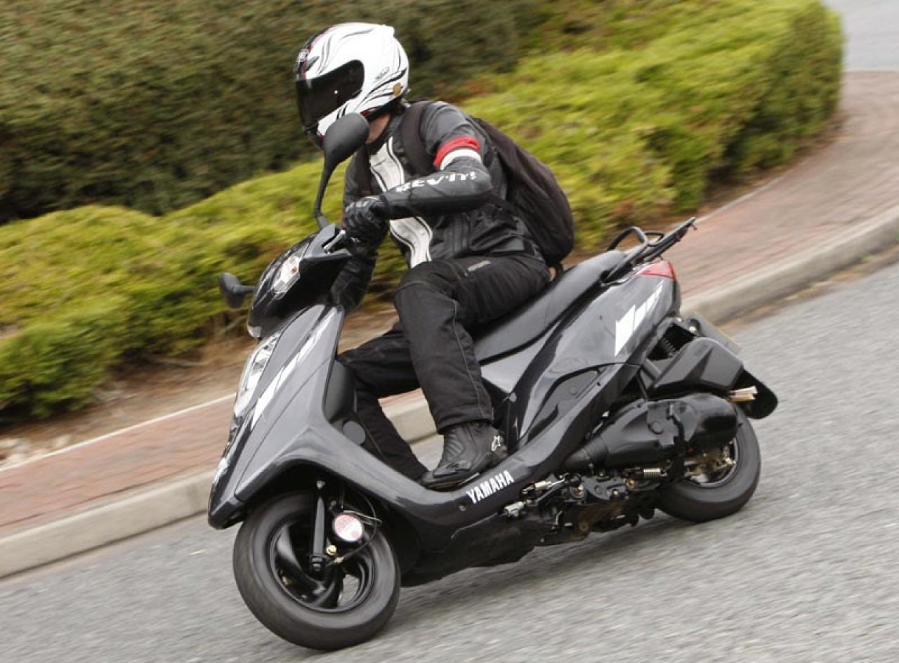 Как купить качественный скутер: виды моделей, критерии выбора и важные характеристики