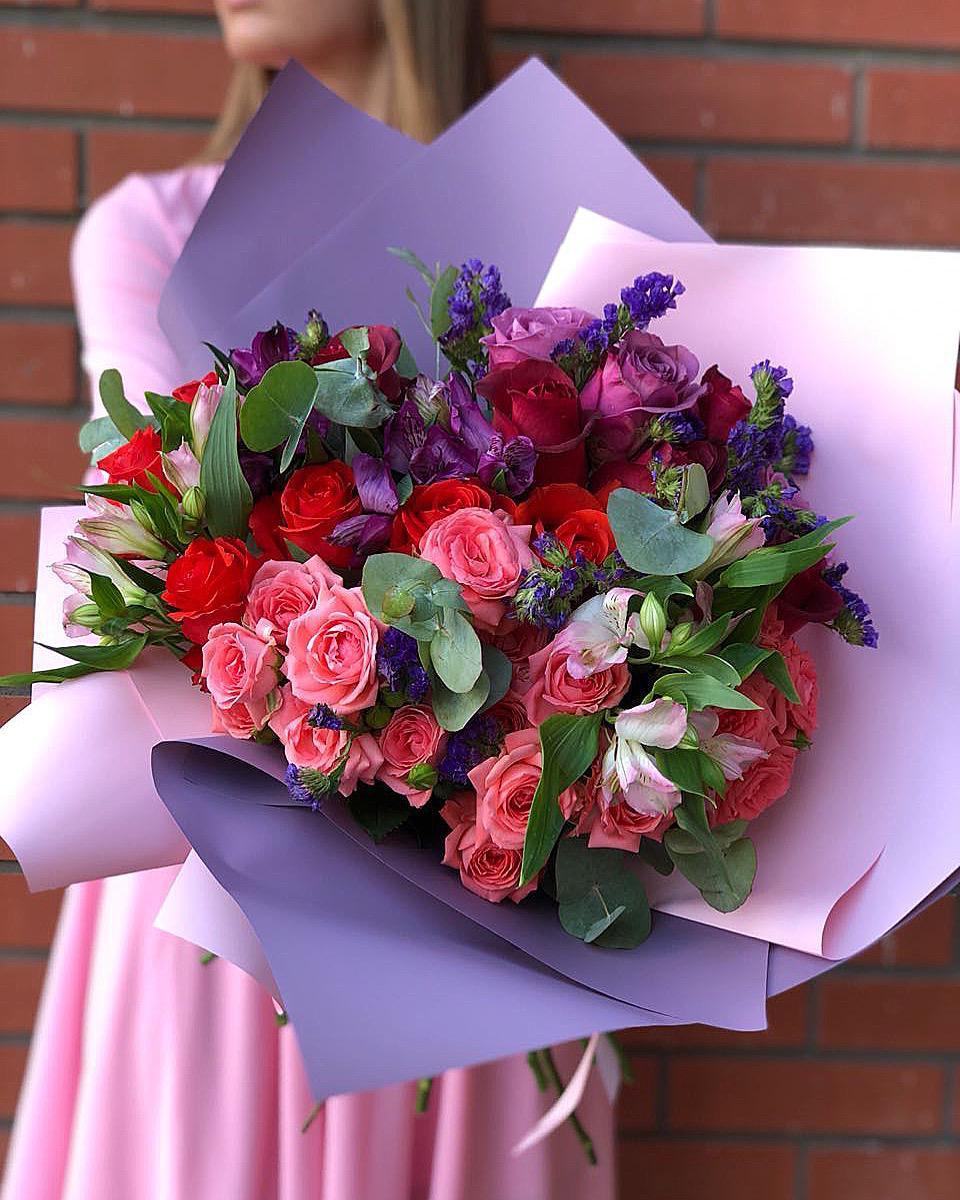 Где заказать доставку цветов в Украине: ассортимент букетов в компании Panda FL, особенности выбора и преимущества