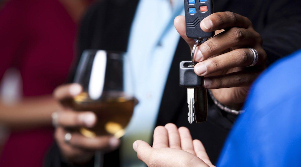 Чем отличаются услуги службы «Трезвый водитель» и такси