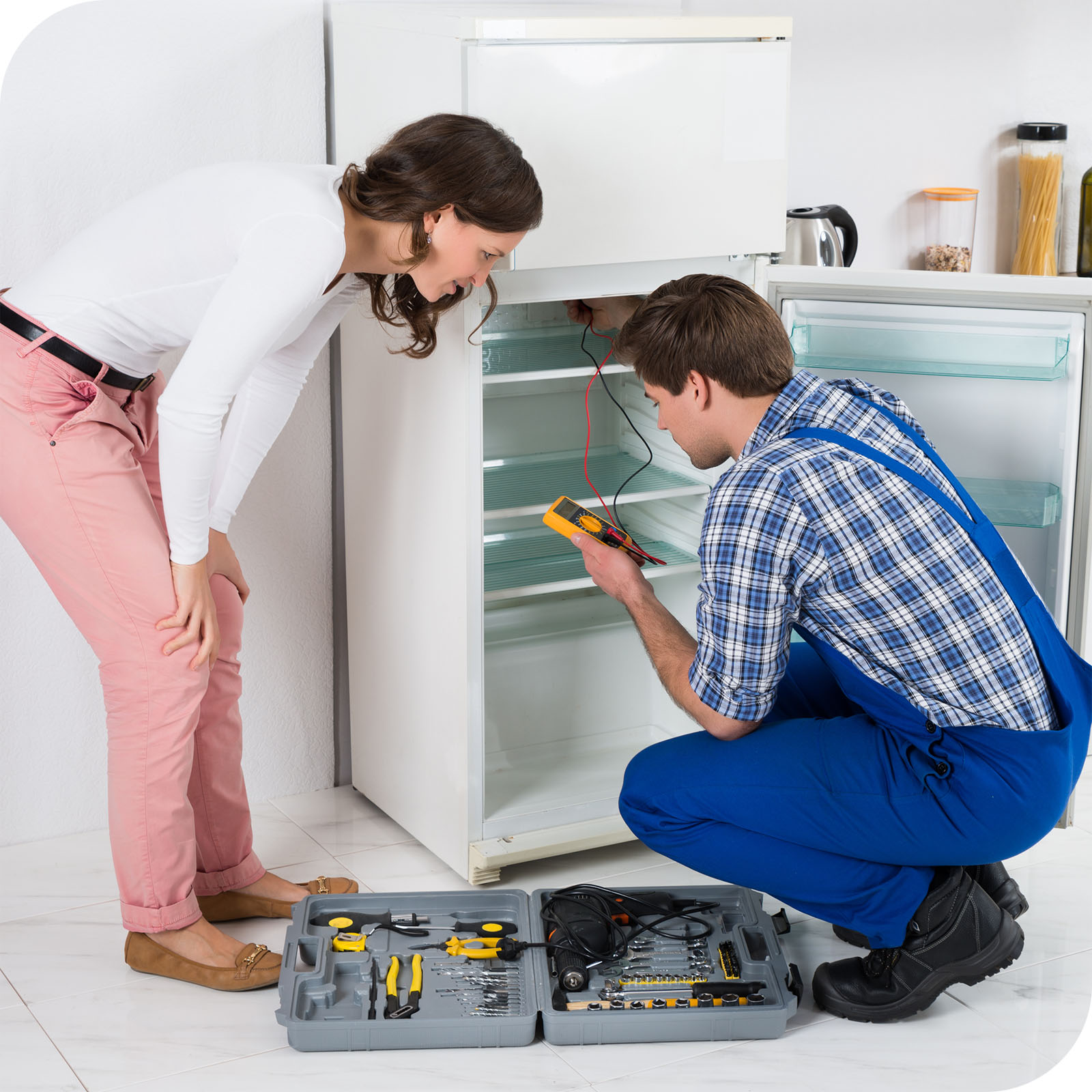 Наиболее частые неисправности холодильника: где провести ремонт, признаки и преимущества