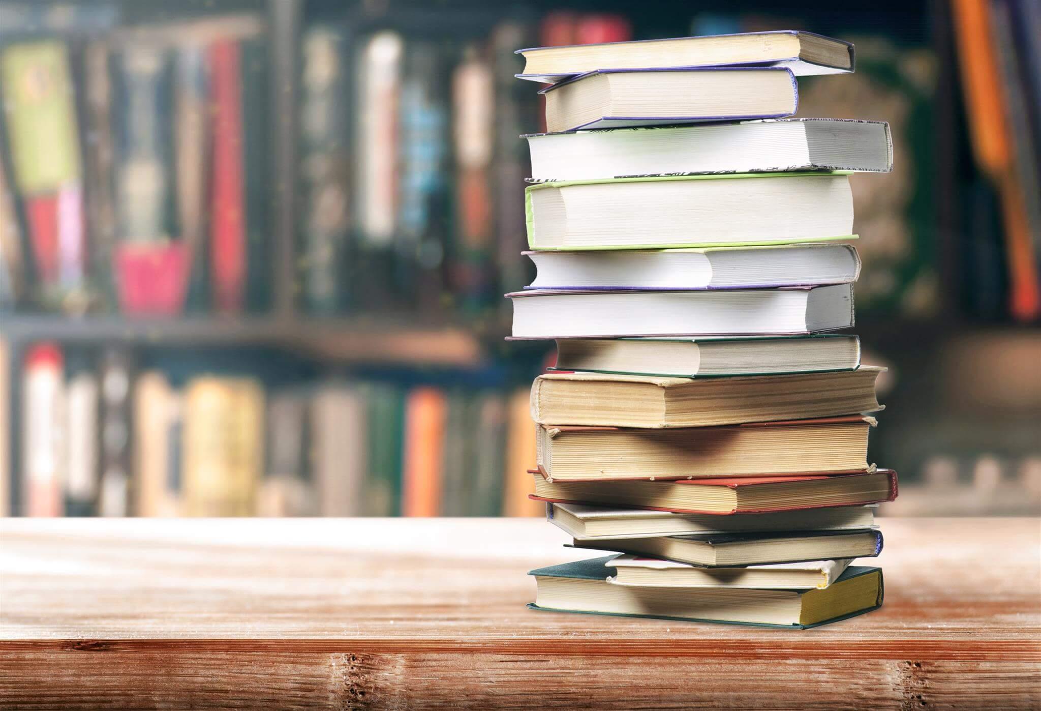 Книги: как правильно выбирать, что почитать на ночь, почему это важно и полезно для нашего мозга, жанры книг, как найти на них время?